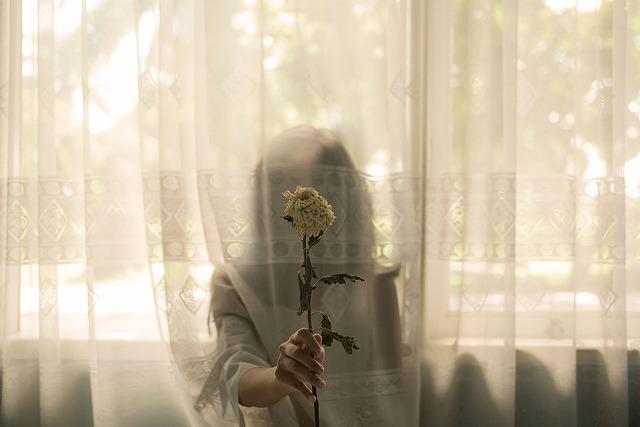 http://pretty-glamorous.tumblr.com/